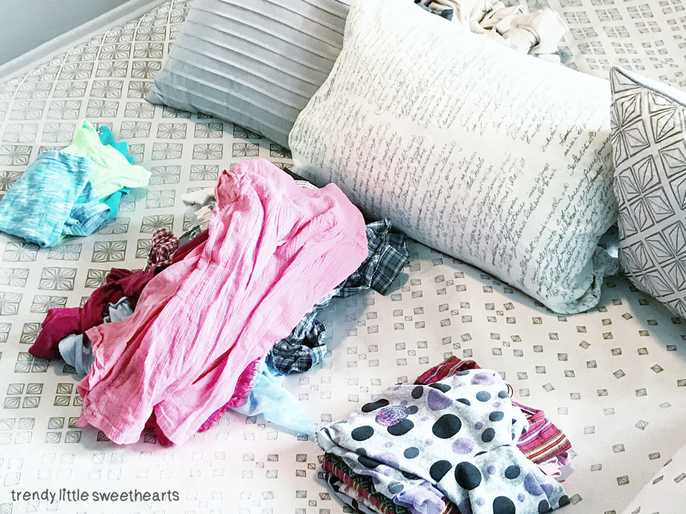 Yes, no and maybe piles making sorting easier so that you can quickly throw items to a pile without thinking too much | Trendy Little Sweethearts