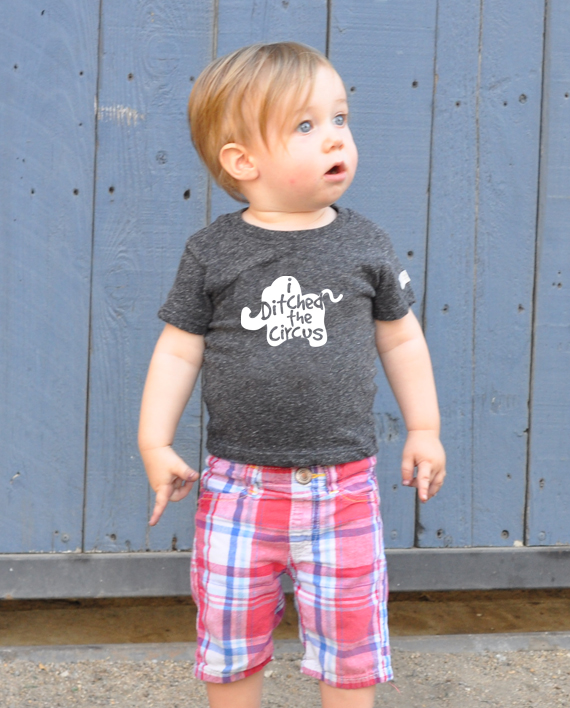 Ecofriendly tshirt, made from recycled bottles and organic cotton. Includes donation to save elephants! at Trendy Little Sweethearts