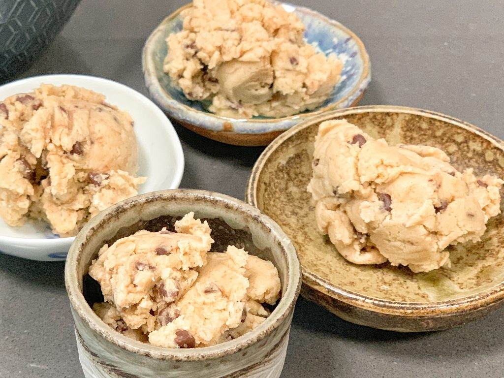 How to make edible cookie dough gluten free and vegan | For Animals For Earth